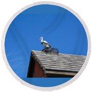 Roof Top Bird Round Beach Towel