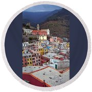 Rooftop View Round Beach Towel