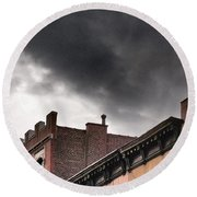 Rooftops Of New York Round Beach Towel