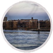 Roosevelt Island View - Nyc Round Beach Towel