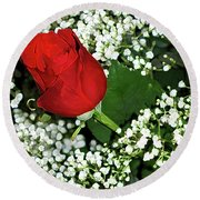 Rose And Baby's Breath Round Beach Towel