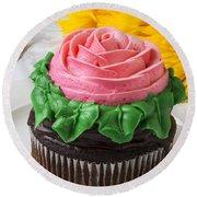 Rose Cupcake Round Beach Towel