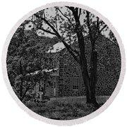 Rose Farm House-gettysburg Round Beach Towel