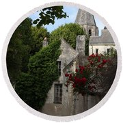 Rose Lane In Loches Round Beach Towel