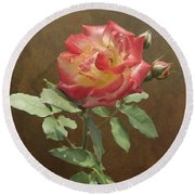 Rose On Thornridge Road Round Beach Towel