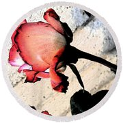Rose To The Side 5 Round Beach Towel