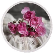 Roses And Lace Round Beach Towel