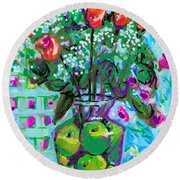 Roses With Apples Round Beach Towel