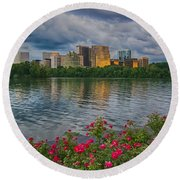 Rosslyn Virginia Sunset From Across The Potomac River Round Beach Towel