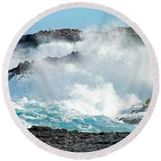 Rough Waves Offshore Whale Point Round Beach Towel