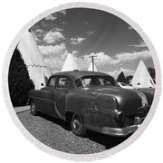 Route 66 Wigwam Motel And Classic Car 5 Round Beach Towel
