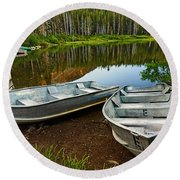 Row Boats Lining A Lake In Mammoth Lakes California Round Beach Towel