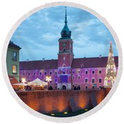 Royal Palace In The Old Town Of Warsaw Round Beach Towel