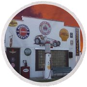 Rt 66 Dwight Il Roadside Attraction Round Beach Towel