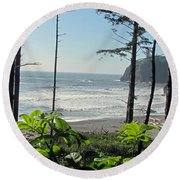 Ruby Beach I Round Beach Towel