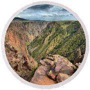 Rugged Edge Of The Canyon Round Beach Towel