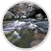 Running Water Cave Round Beach Towel