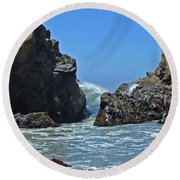 Rushing Wave - Big Sur Round Beach Towel