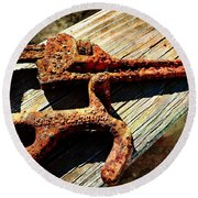 Rust Tools II With Texture Round Beach Towel