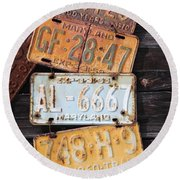 Rusted Plates Round Beach Towel