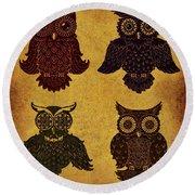 Rustic Aged 4 Owls Round Beach Towel