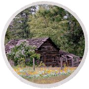 Rustic Cabin In The Mountains Round Beach Towel
