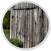 Rustic Old Barn Round Beach Towel