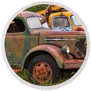 Rusty Old Trucks Round Beach Towel
