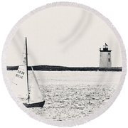 Sailing In Cape Cod Round Beach Towel