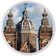 Saint Nicholas Church In Amsterdam Round Beach Towel