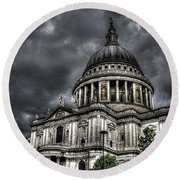 Saint Pauls Cathedral Round Beach Towel