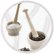 Salt And Pepper In Pestle And Mortars Round Beach Towel
