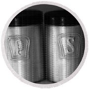 Salt And Pepper Shakers Round Beach Towel