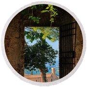 San Gimignano Door Round Beach Towel