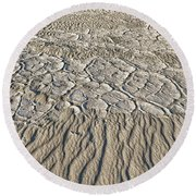 Sand Dunes Like Fine Cloth Round Beach Towel