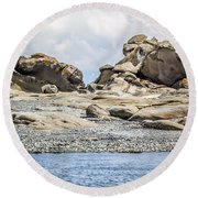 Sandstone Island Sculptures Round Beach Towel