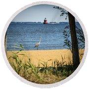 Sandy Pt Shoal Lighthouse And Blue Heron Round Beach Towel