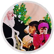 Santa And The Kids Round Beach Towel