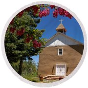 Santisima De Trinidad Mission Church Round Beach Towel