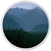 Sawtooth Mountains Silhouette Round Beach Towel