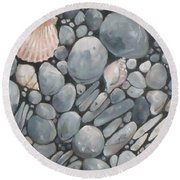 Scallop Shell And Black Stones Round Beach Towel