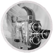 Scarf Camera In Black And White Round Beach Towel