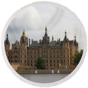 Schwerin Castle Front Aspect Round Beach Towel