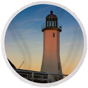 Scituate Lighthouse In Oct Round Beach Towel