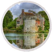 Scotney Castle Reflections Round Beach Towel