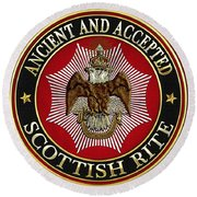 Scottish Rite Double-headed Eagle On Red Leather Round Beach Towel