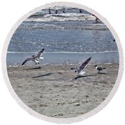 Seagulls On The Beach Round Beach Towel