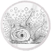 Sealife Smoooch Round Beach Towel