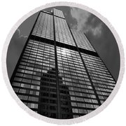 Sears Willis Tower Black And White 02 Round Beach Towel