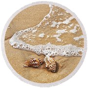 Seashells And Lace Round Beach Towel
